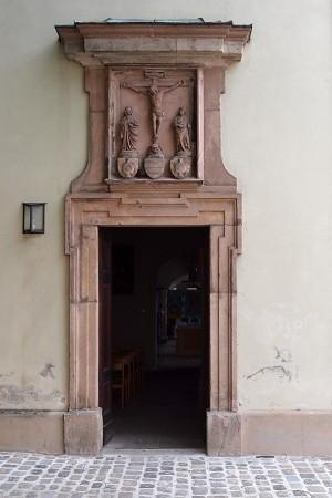 Der Eingang zu den Kapellen von St. Egidien.